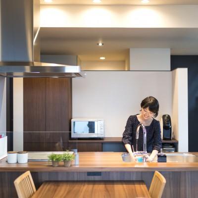 <a href='http://www.kpkp.co.jp/architecture/%e8%bc%9d%e5%9b%bd%e3%81%ae%e3%83%a9%e3%83%94%e3%83%a5%e3%82%bf/' >輝国のラピュタ</a>