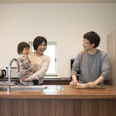<a href='http://www.kpkp.co.jp/architecture/%e6%82%a0/' >悠</a>
