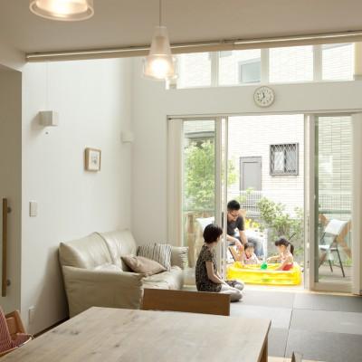 <a href='http://www.kpkp.co.jp/architecture/%e5%a4%a7%e7%aa%93%e3%81%ae%e5%ae%b6/' >大窓の家</a>