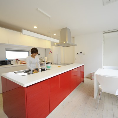<a href='https://www.kpkp.co.jp/architecture/%e3%83%97%e3%83%a9%e3%82%a4%e3%83%99%e3%83%bc%e3%83%88%e3%82%ac%e3%83%bc%e3%83%87%e3%83%b3%e3%81%ae%e3%81%82%e3%82%8b%e5%ae%b6/' >プライベートガーデンのある家</a>
