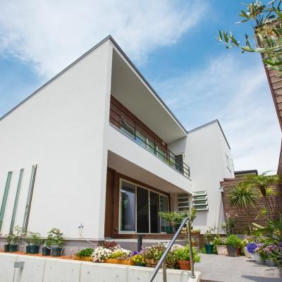 <a href='https://www.kpkp.co.jp/architecture/%e3%82%86%e3%82%93%e3%81%9f%e3%81%8f%e3%81%ae%e5%ae%b6/' >ゆんたくの家</a>
