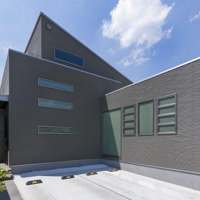 <a href='https://www.kpkp.co.jp/architecture/%e5%a5%a5%e5%ba%a7%e6%95%b7/' >奥座敷</a>