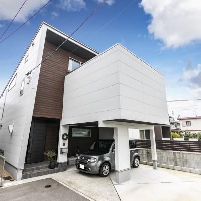 <a href='https://www.kpkp.co.jp/architecture/%e5%bd%a9/' >彩</a>