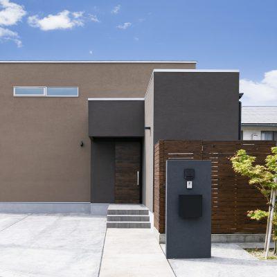 <a href='https://www.kpkp.co.jp/architecture/%e2%91%a4%e3%81%ae%e5%ae%b6/' >⑤の家</a>